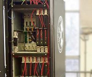 Университет Лидса тестирует систему иммерсионного охлаждения серверов Iceotope