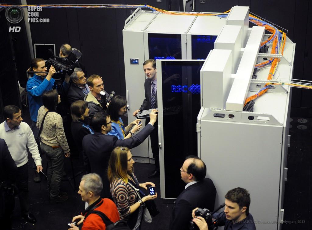 РСК установила в МСЦ РАН массивно-параллельный HPC МВС-10П МП на основе архитектуры RSC Petastream™
